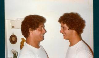 three_identical_strangers_2